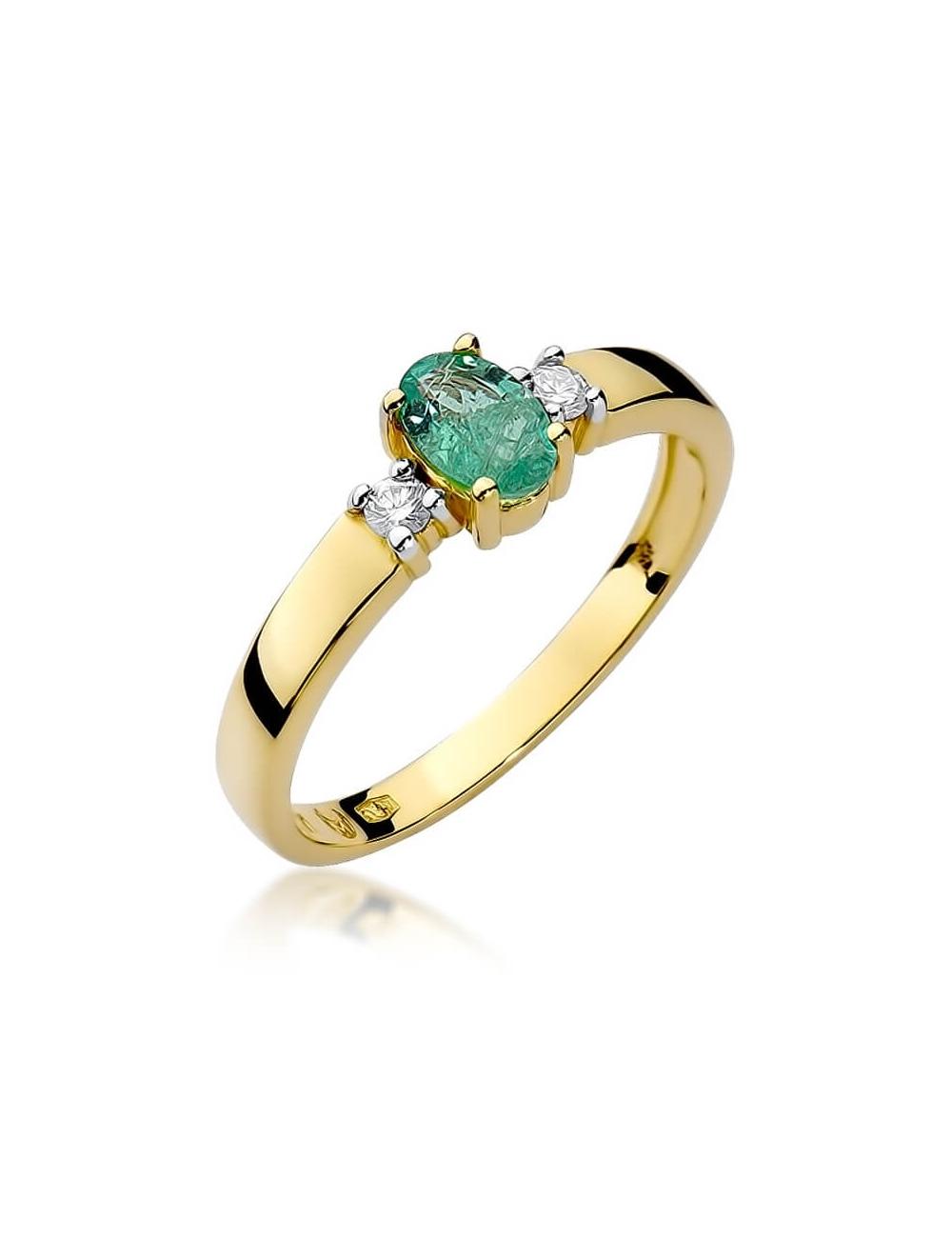 pierścionek ze szmaragdem